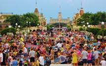 Parque da Disney lotado