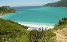Praia do Forno vista do alto da trilha de acesso