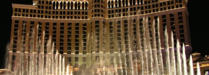 Frente do Bellagio com o show das águas