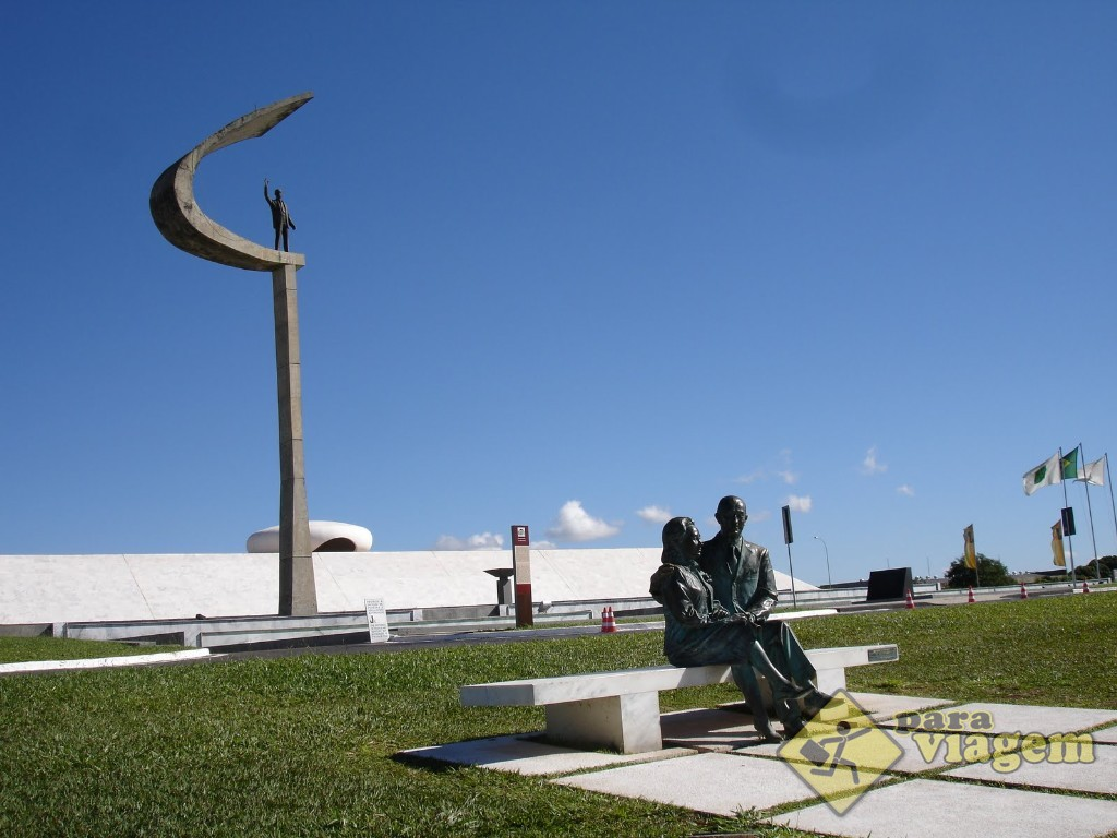 Monumento JK