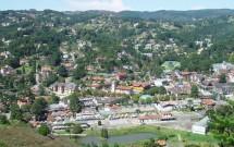 Vista aérea da cidade do alto do mirante do Morro do Elefante