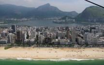 Praia de Ipanema e Lagoa ao fundo