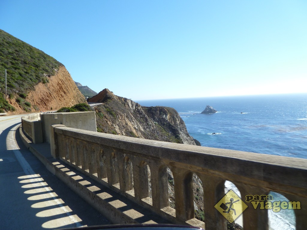 Cruzando a Bixby Creek Bridge