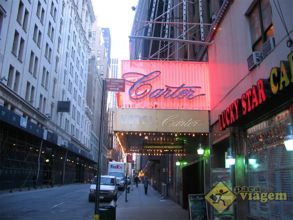 Faixada do Hotel Carter em Nova York
