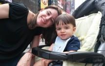 Times Square com Bebê de Colo