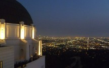 Vista Noturna do Griffith Observatory em LA