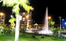 Ponta Negra à noite