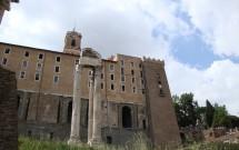 Templo de Vespasiano e Tito