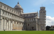 O Duomo e seu Campanário inclinado
