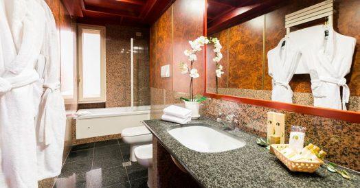 Banheiro do Madison Hotel em Roma