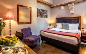 Quarto do Navona Colors Hotel