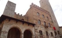 Palazzo Comunale e a Torre Grossa