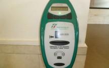 Máquina de validação do bilhete da Trenitalia