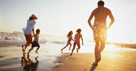 Família Viajando com Seguro Saúde