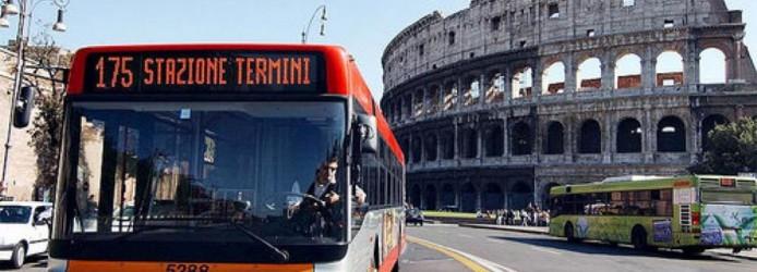 Ônibus em Roma