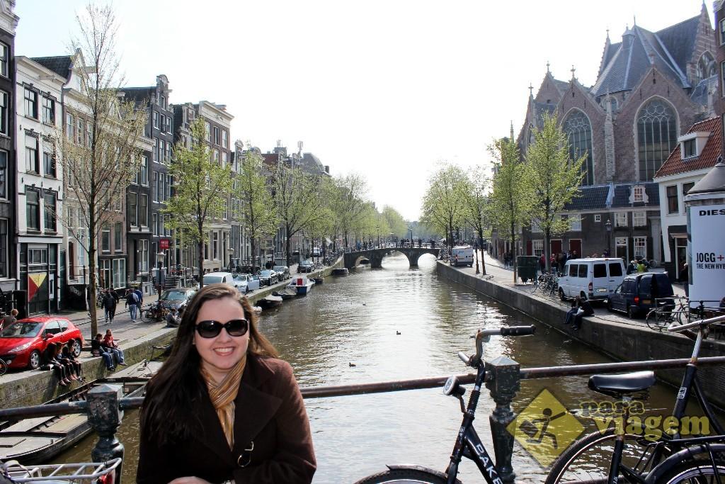 Um dos canais da região Oude Zijde