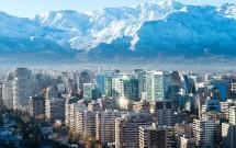 Cidade de Santiago com a Cordilheira ao fundo