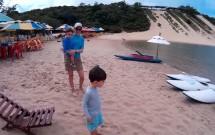 Família Brincando na Lagoa de Jacumã