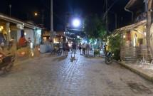 Rua Principal a Noite em Pipa/RN
