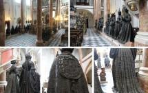 """As estátuas """"velando"""" o cenotáfio. Perceba os detalhes das roupas das estátuas"""