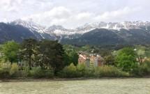 A linda paisagem da margem do Rio Inn