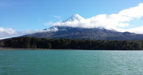 Vulcão Osorno visto do Lago Todos los Santos