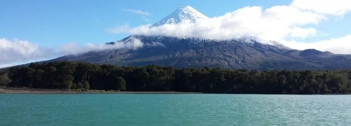 Puerto Varas: Vulcão Osorno visto do Lago Todos los Santos