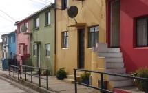 Casas coloridas em Valparaíso no Chile