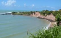 Falésias Vistas do Mirante dos Golfinhos