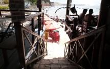 Acesso a Areia do Retaurante Caxangá em Pipa