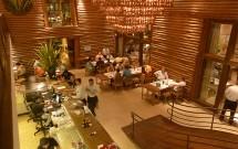 Ambiente Agradável no Restaurante Camarões Potiguar