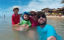 Família na Praia de Pipa no RN