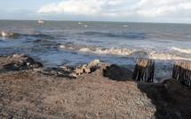 Trecho Destruído na Ponta do Seixas