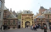 Uma das entradas do Binnenhof