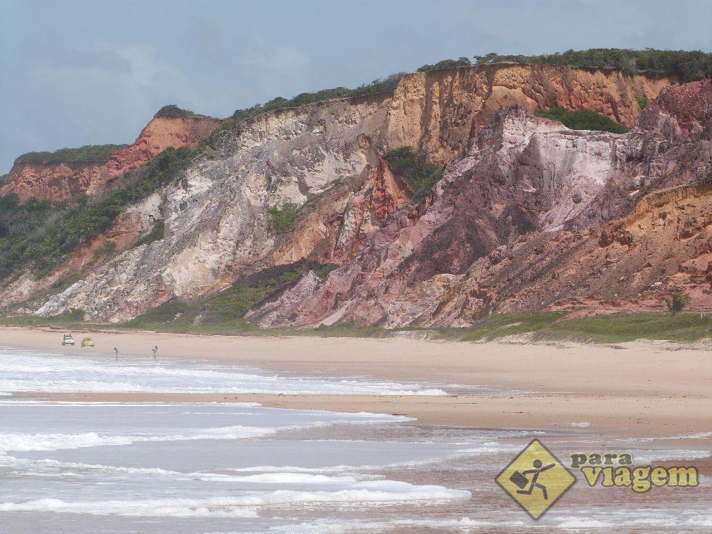 Falésias da Praia de Coqueirinho