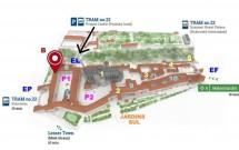Mapa do complexo do Castelo de Praga mostrando os pontos principais e as opções de como chegar até ele