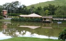 Lago e Sede do Haras Morena