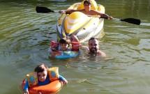 Eu e as Crianças no Lago de Água Mineral