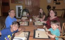 Família Reunida no Jantar do Haras Morena