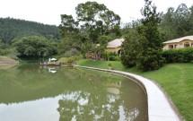 Lago de Água Mineral no Haras Morena