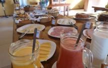 Sucos e Frios no Café da Manhã