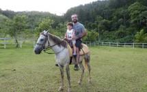 Pai e Filho Montando a Cavalo no Haras Morena