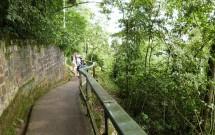 Trilha das Cataratas no Parque Nacional do Iguaçu