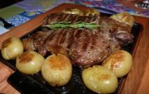 Bife de Chorizo Delicioso no Restaurante Bodega 1940