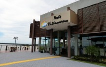Restaurante Porto Kattamaram com Vista para o Lago de Itaipu