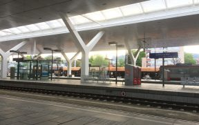 Plataforma da estação de Salzburgo