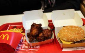 McDonald's na Suíça tem frango frito