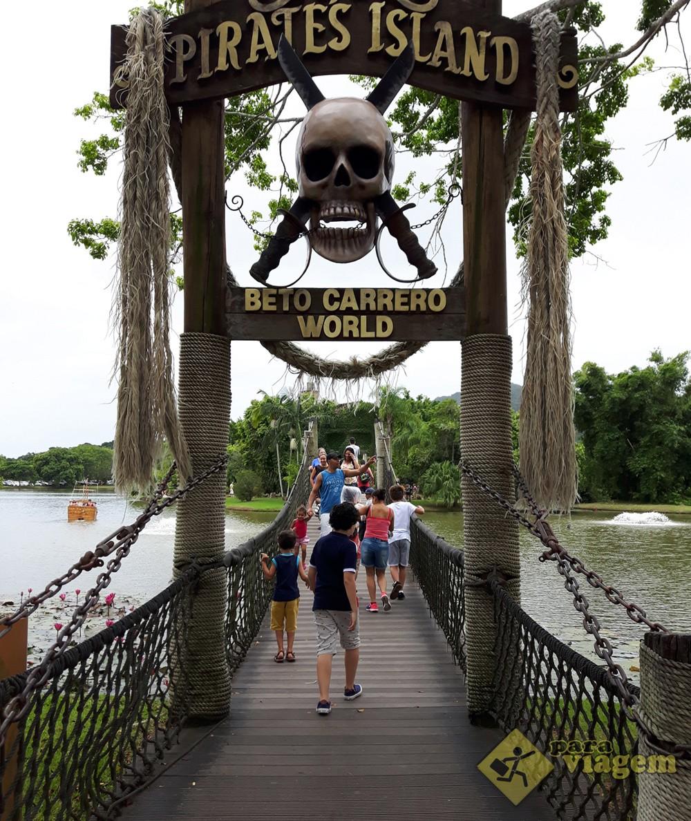 Ponte de acesso a Ilha dos Piratas