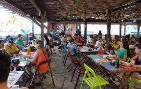 Restaurante Bada Grill com Música ao Vivo