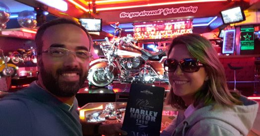 Curtindo o Bar do Harley Motor Show